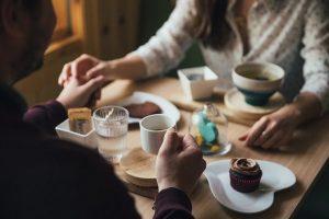 マッチングアプリの女性に告白するのが不安…恋愛素人でも失敗しないための告白手引き